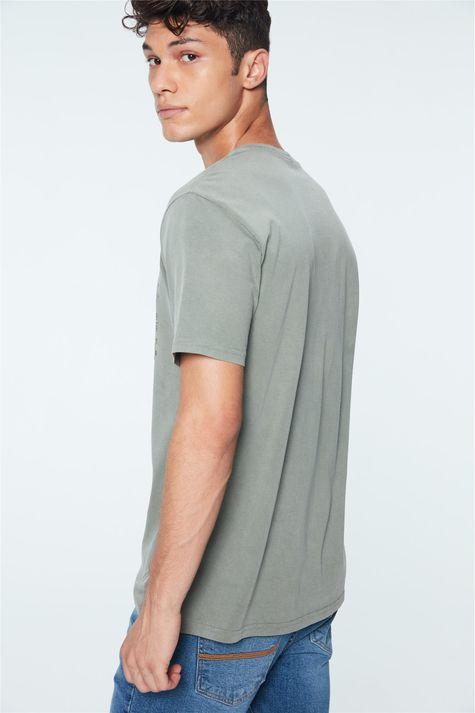Camiseta-com-Estampa-Life-is-a-Journey-Costas--