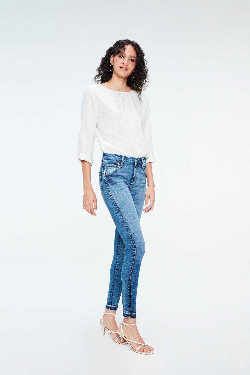 Calca-Jeans-Jegging-com-Barra-Desfeita-Frente--