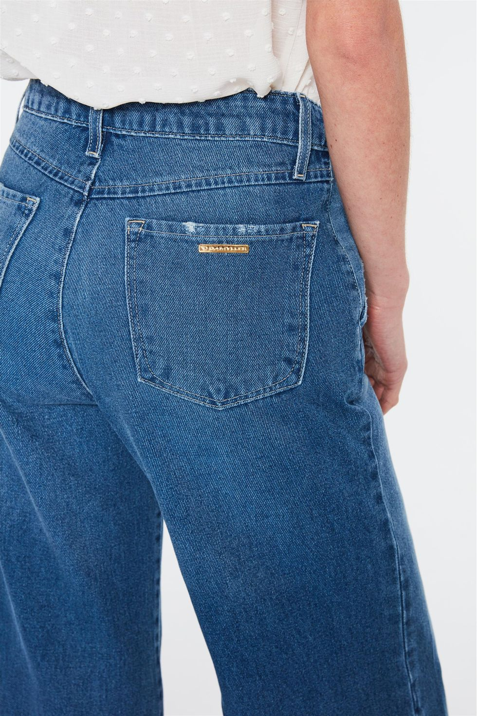 Calca-Jeans-Escura-Pantalona-Cropped-Frente--