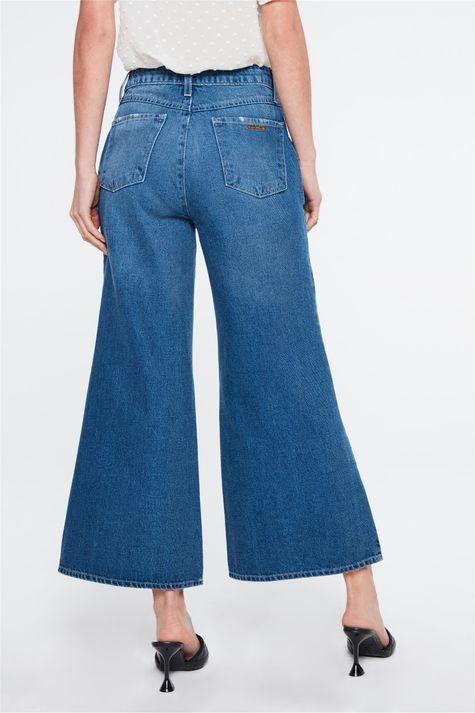 Calca-Jeans-Escura-Pantalona-Cropped-Detalhe--