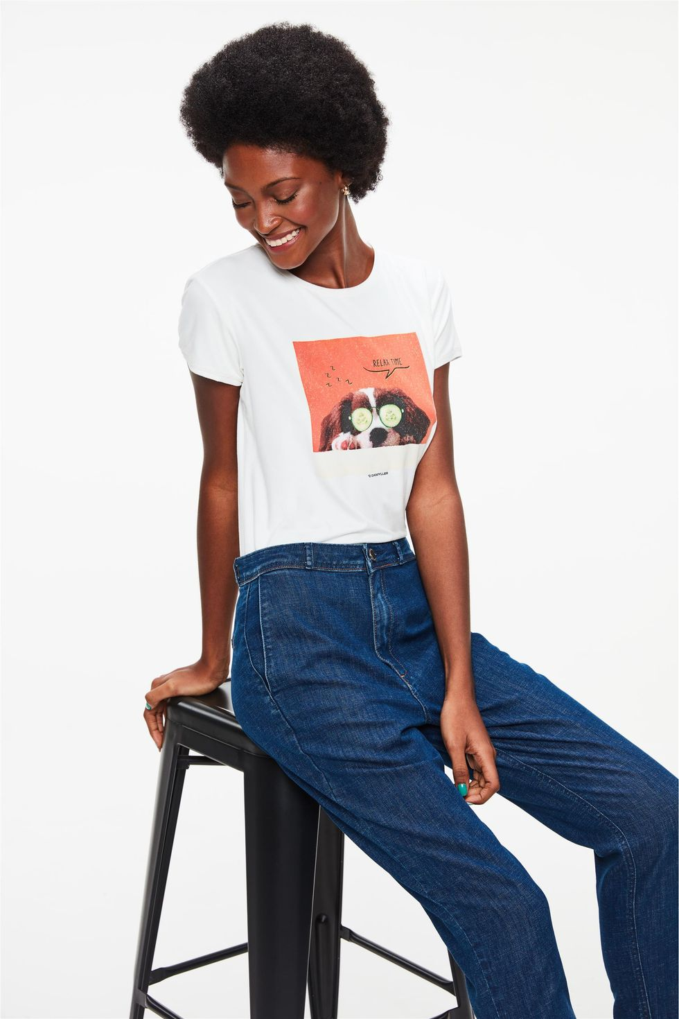 Camiseta-de-Suede-com-Estampa-Relax-Time-Frente--