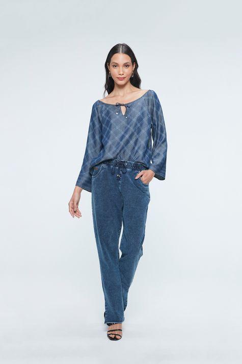 Blusa-Jeans-com-Estampa-Xadrez-Feminina-Detalhe-1--