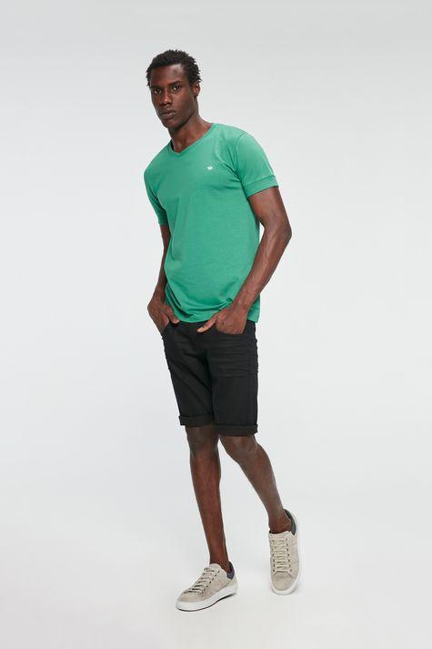 Camiseta-College-Basica-Detalhe-1--
