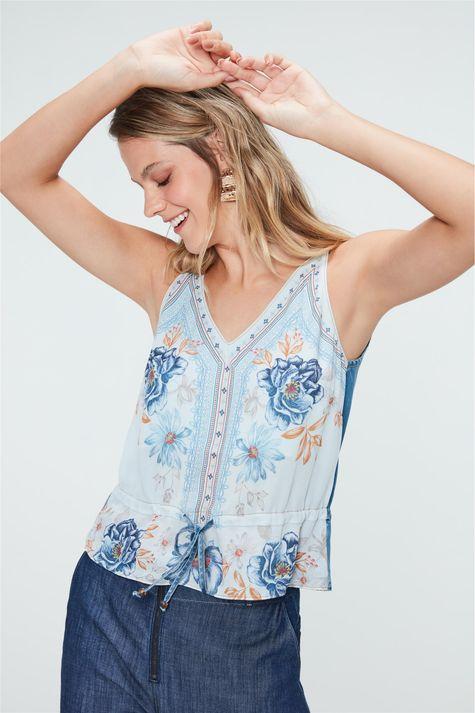 Blusa-Jeans-com-Estampa-de-Flores-Azul-Frente--