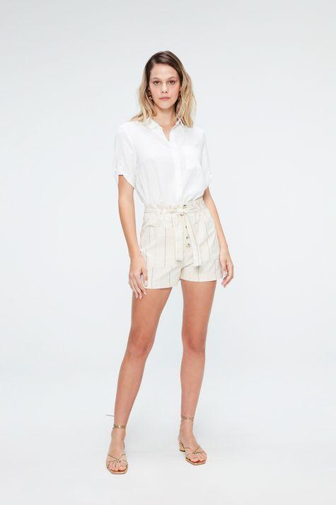 Camisa-Lisa-de-Mangas-Curtas-Feminina-Detalhe-1--