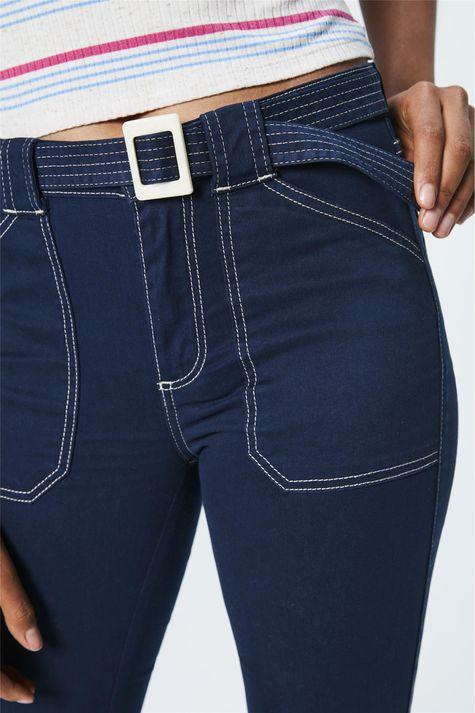 Calca-Jeans-Cropped-de-Cintura-Alta-Frente--