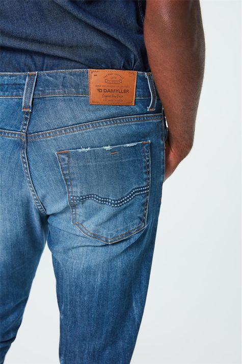 Calca-Jeans-Skinny-com-Puidos-Masculina-Detalhe--