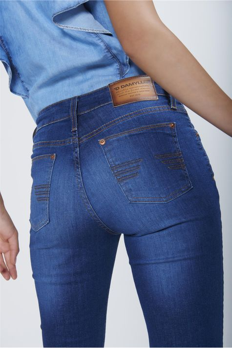 Calca-Boot-Cut-Jeans-Cintura-Alta-Detalhe--