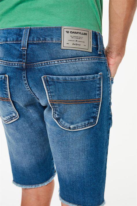Bermuda-Jeans-Skinny-com-Barra-Desfiada-Detalhe-2--