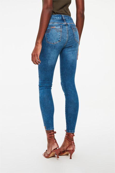 Calca-Jeans-Cropped-Barra-Assimetrica-Costas--