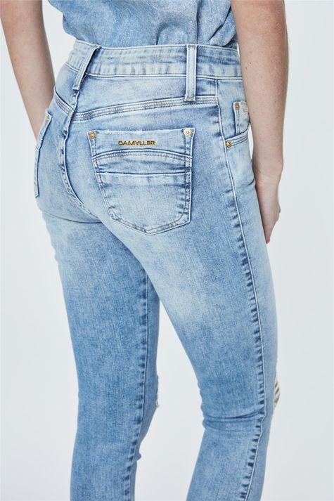 Calca-Jeans-Jegging-Barra-Desfiada-Detalhe--