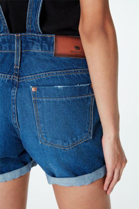 Jardineira-Jeans-Short-Barra-Dobrada-Detalhe-1--
