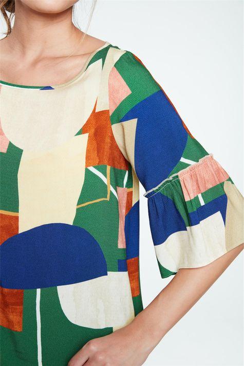 Blusa-de-Viscose-com-Estampa-Geometrica-Detalhe--