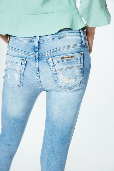 Calca-Jegging-Jeans-Cropped-Destroyed-Detalhe-1--
