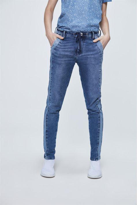 Calca-Jeans-Jogger-com-Recortes-Frente-1--