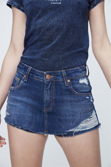 Short-Saia-Jeans-com-Destroyed-Detalhe--