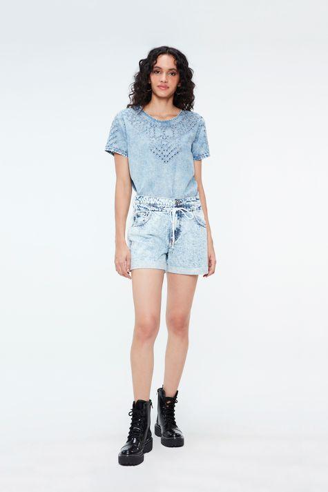 Camiseta-Jeans-Bleach-Detalhe-1--