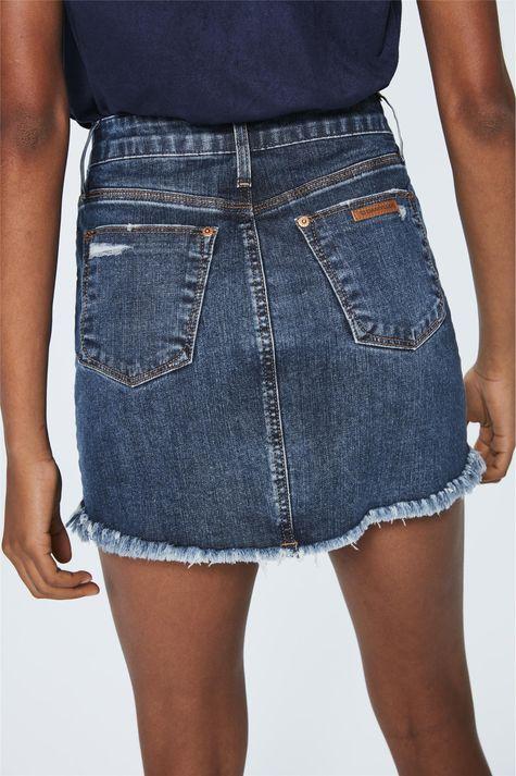 Saia-Mini-Jeans-Rasgada-Detalhe--