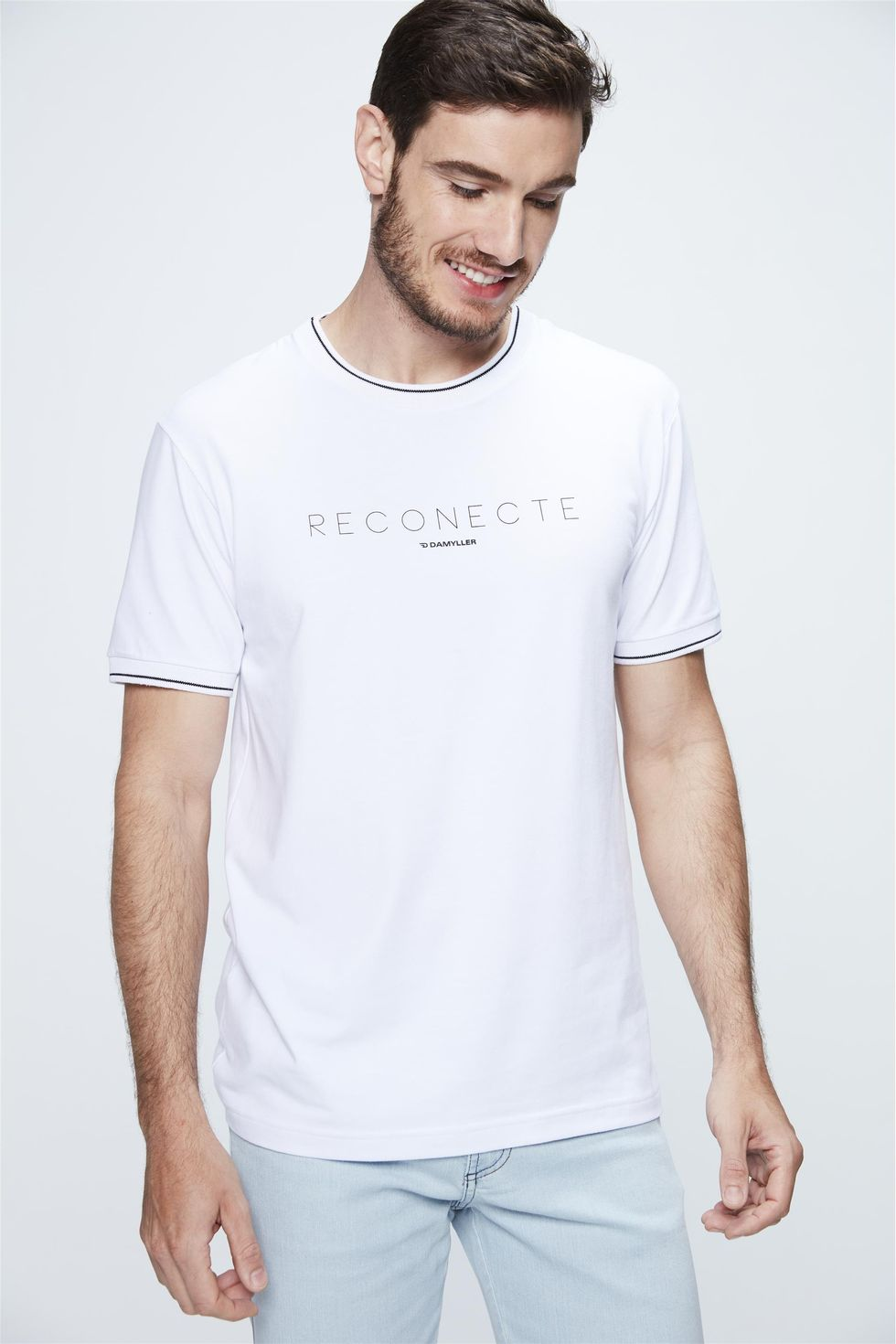 Camiseta-College-com-Estampa-Reconecte-Frente--