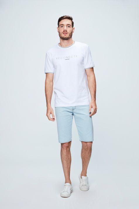 Camiseta-College-com-Estampa-Reconecte-Detalhe-1--