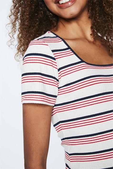 Camiseta-de-Malha-Canelada-Listrada-Frente--
