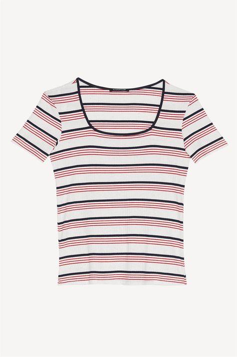 Camiseta-de-Malha-Canelada-Listrada-Detalhe-Still--