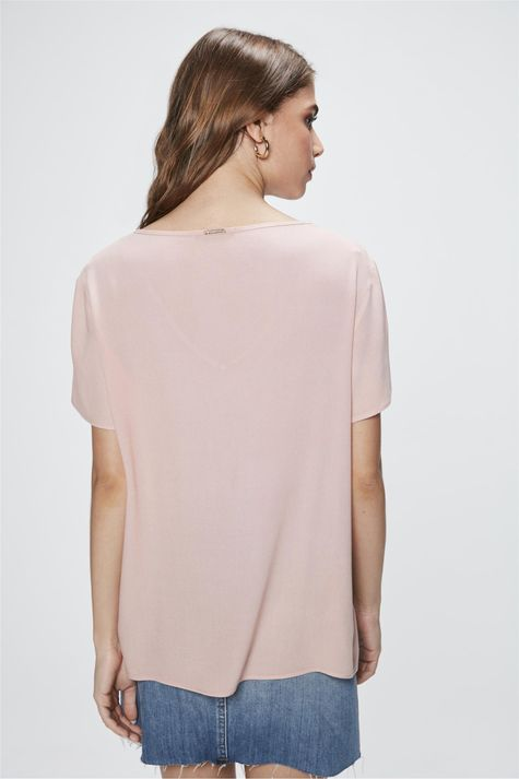 Camiseta-Basica-Decote-V-Feminina-Costas--