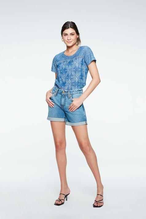 Blusa-Jeans-com-Estampa-Floral-Feminina-Detalhe-1--