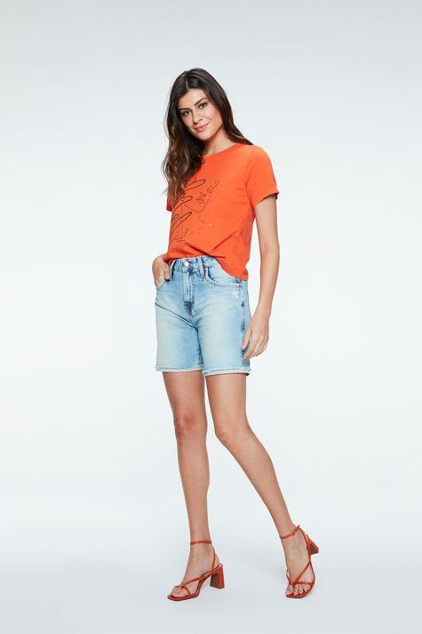 Camiseta-Tingida-com-Estampa-Feminina-Detalhe-1--