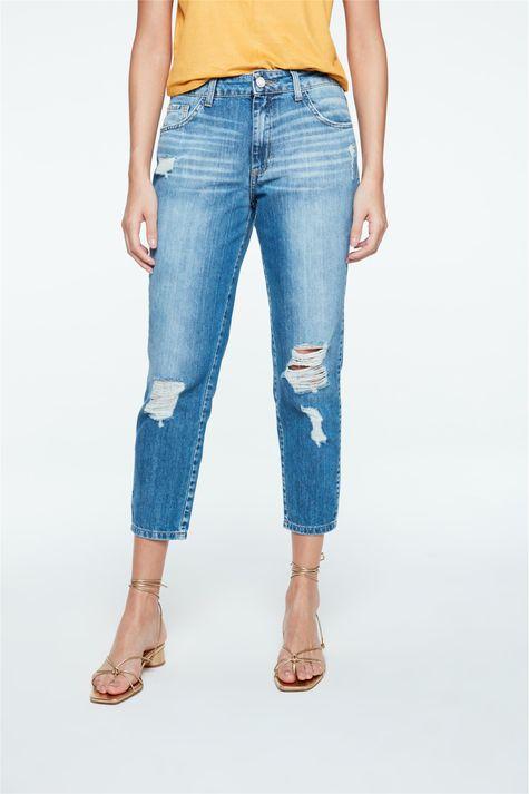 Calca-Jeans-Boyfriend-Cropped-Rasgada-Detalhe--