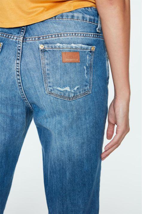 Calca-Jeans-Boyfriend-Cropped-Rasgada-Detalhe-2--