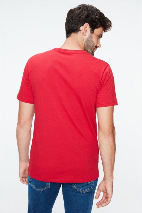 Camiseta-com-Estampa-Be-Strong-Masculina-Costas--