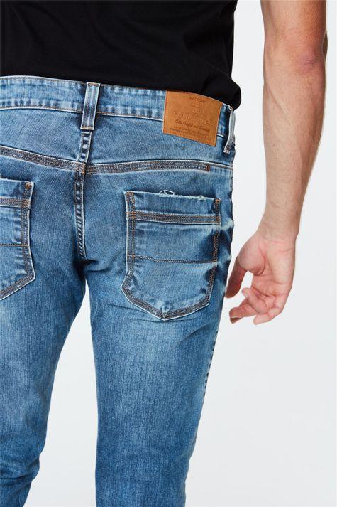 Calca-Jeans-Azul-Claro-Skinny-Masculina-Detalhe-2--