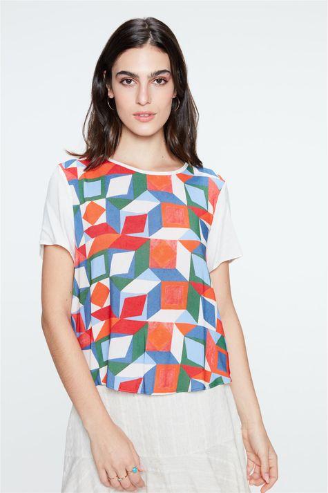 Blusa-Leve-com-Estampa-Geometrica-Frente--
