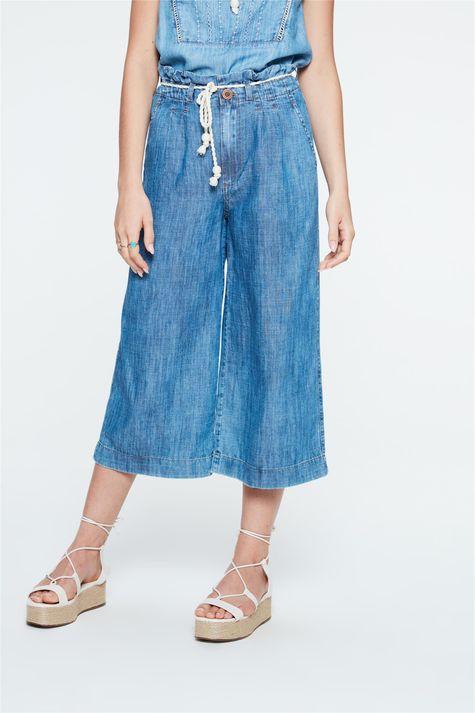 Calca-Jeans-Pantacourt-Soltinha-Detalhe--