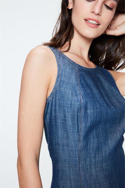 Vestido-Jeans-Mini-com-Recorte-Gode-Detalhe--