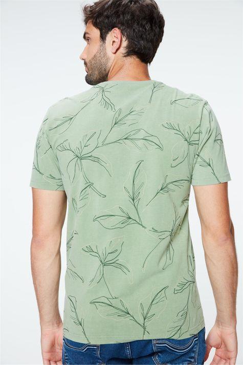Camiseta-com-Estampa-de-Folhas-Masculina-Costas--