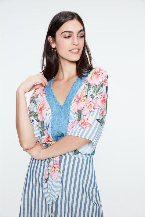Blusa-Jeans-Estampa-Floral-e-Amarracao-Detalhe--
