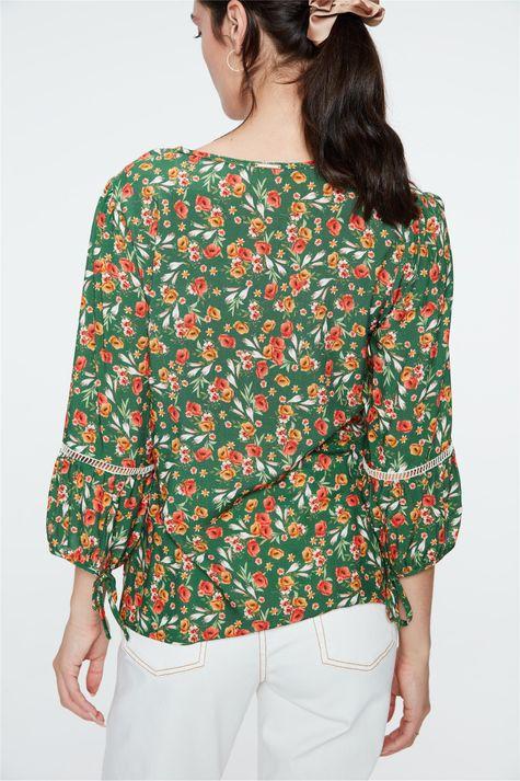 Blusa-de-Viscose-com-Estampa-Floral-Costas--