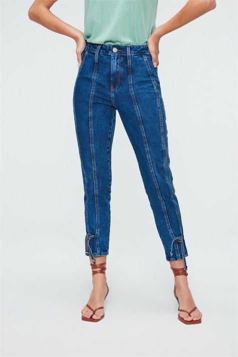 Calca-Jeans-Cropped-de-Cintura-Altissima-Detalhe--