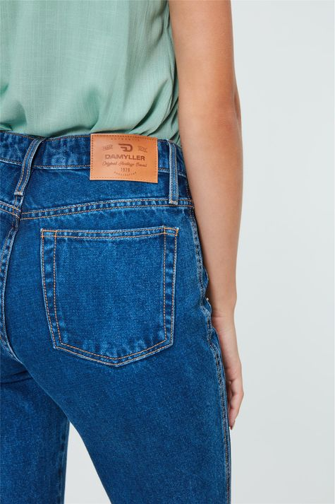 Calca-Jeans-Cropped-de-Cintura-Altissima-Detalhe-3--