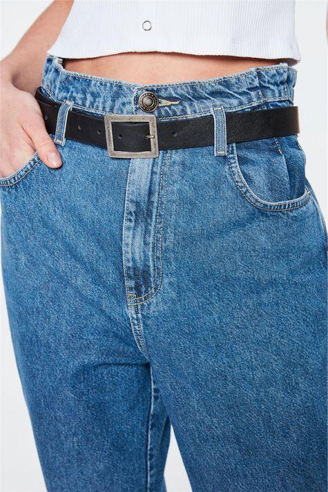 Calca-Jeans-Clochard-Cropped-com-Pregas-Detalhe-2--