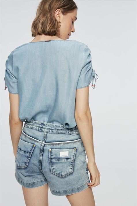 Short-Jeans-Jogger-Medio-Costas--
