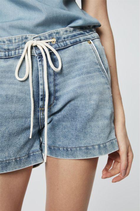 Short-Jeans-Jogger-Medio-Detalhe--