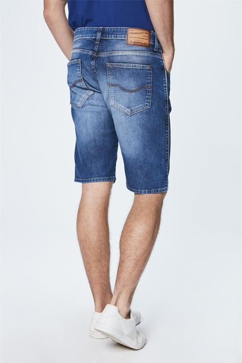 Bermuda-Jeans-Justa-Masculina-Detalhe--