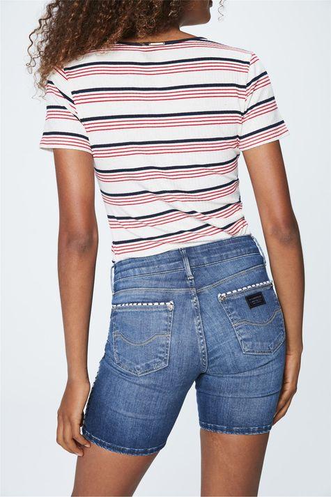 Bermuda-Jeans-Escuro-Justa-Feminina-Detalhe--