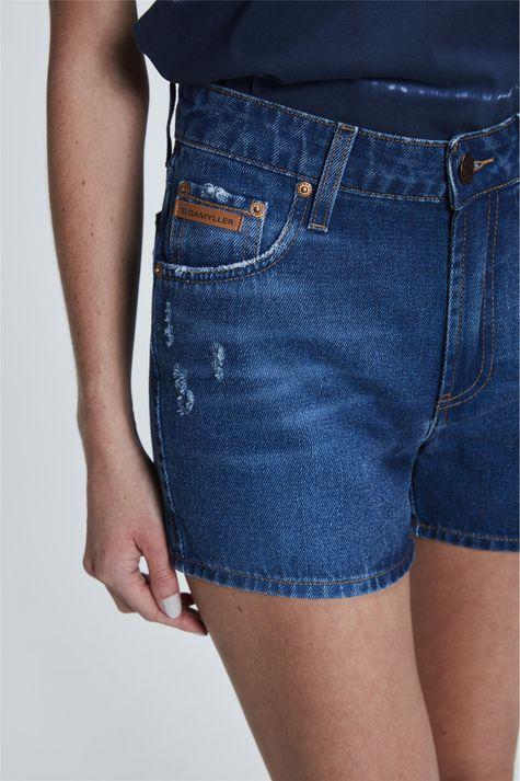 Short-Jeans-Medio-de-Cintura-Alta-Detalhe--