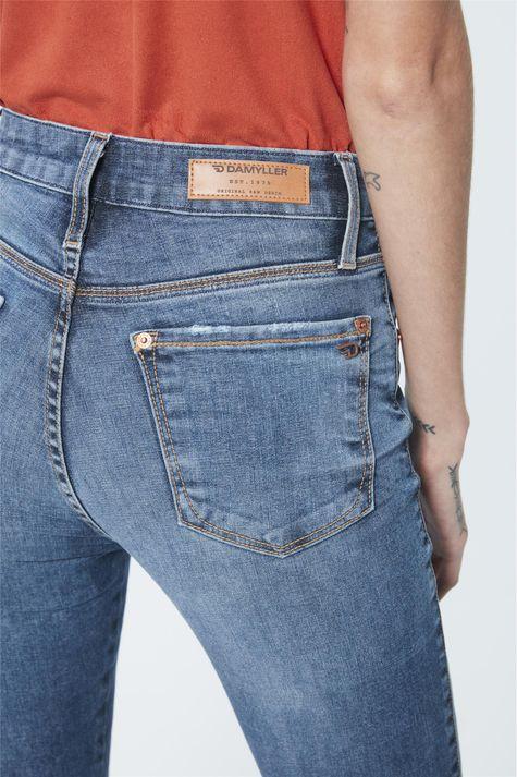Calca-Jeans-Cintura-Alta-Jegging-Cropped-Detalhe--