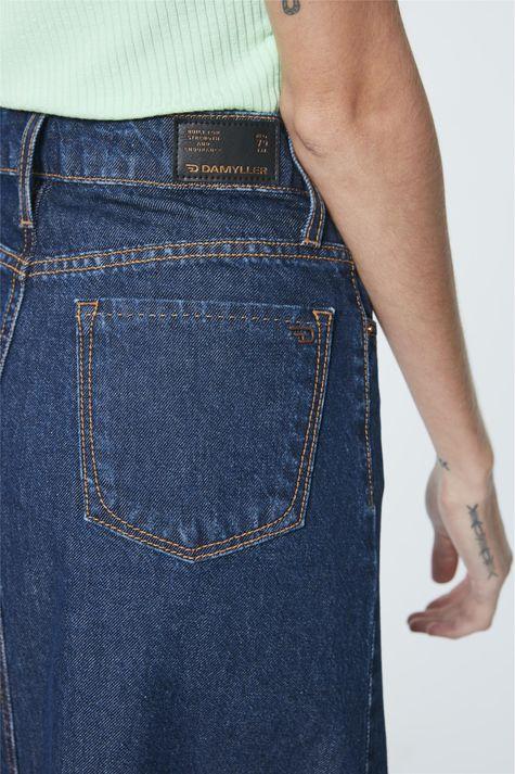 Saia-Jeans-Midi-Evase-com-Abotoamento-Detalhe--