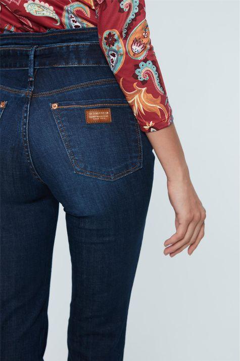 Calca-Jeans-Reta-Cintura-Alta-com-Fivela-Frente--
